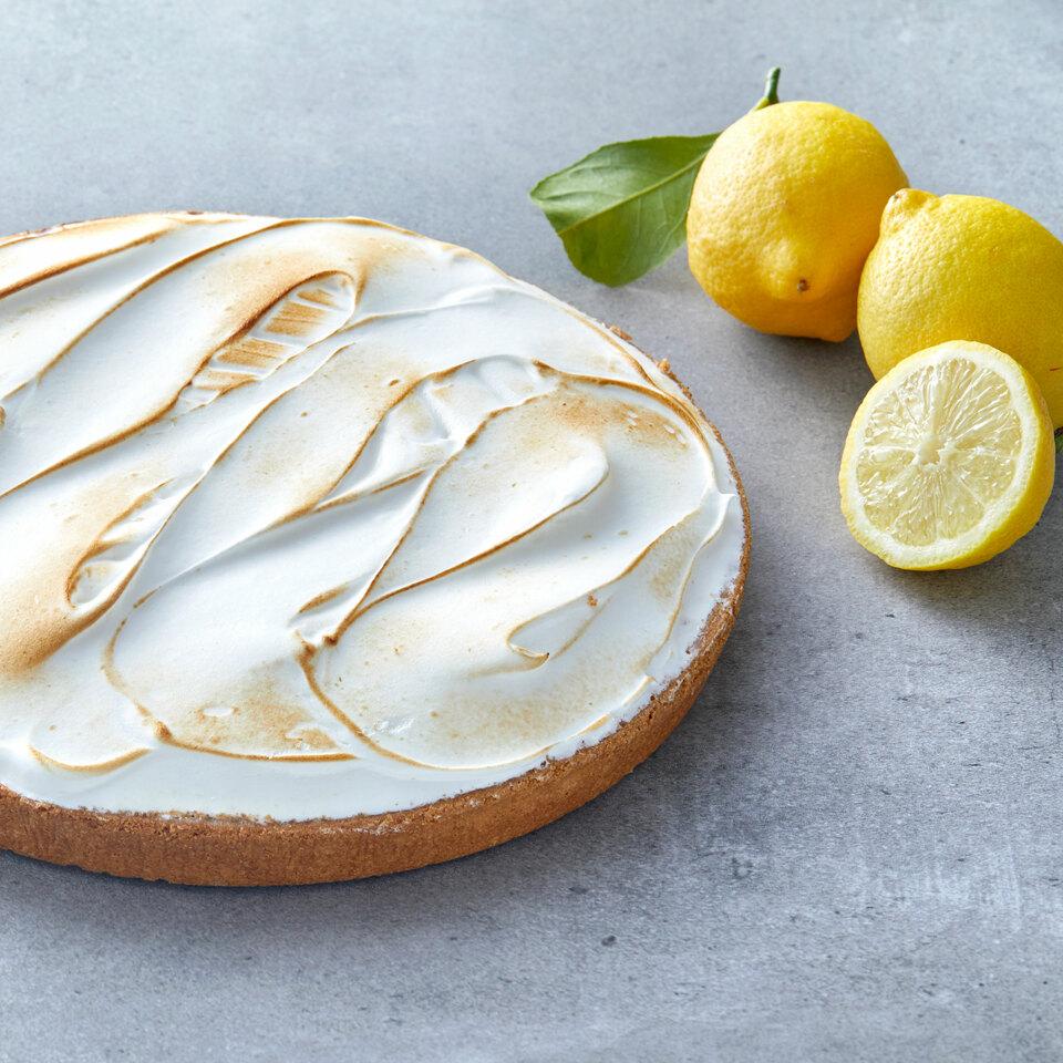 spatulate-meringue-lemon-tart